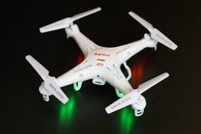 Syma X5C-1 con luces LED